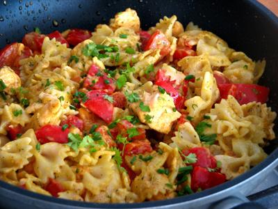 Kari pasta recept
