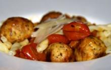 Kipgehakt met tomaatjes