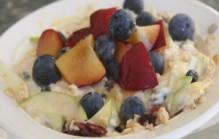 Muesli met vers fruit