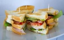 Clubsandwich met kip maken