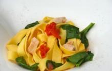 Pappardelle met spinazie en kip