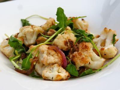 bloemkool salade - salade van geroosterde bloemkool - recept - kookvideo