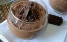 Chocolademousse met pistachenoten maken