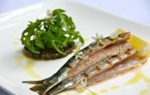 Sardines schoonmaken en bakken