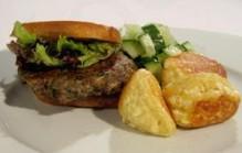 Vegaburger met fetaballetjes