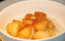 Rijstepap met gebakken appel