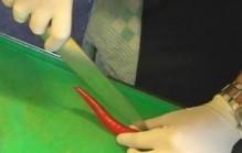 Rode peper schoonmaken
