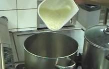 Sushirijst koken
