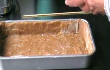 Blind bakken van een taartbodem