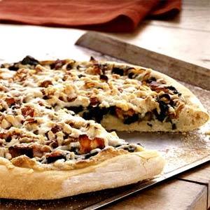 Recept voor pizza met spek geitenkaas en spinazie
