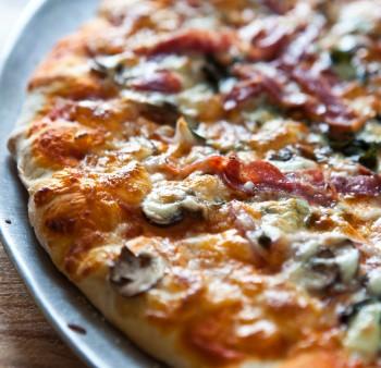Recept voor minipizza met paprika en spinazie