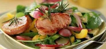 Lauwwarme groentesalade met varkenshaas