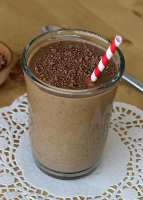 Chocolade – Banaan – Avocado Milkshake