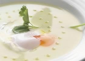 Pittige soep met koriander