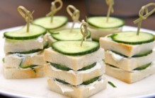 Komkommer sandwiches high tea