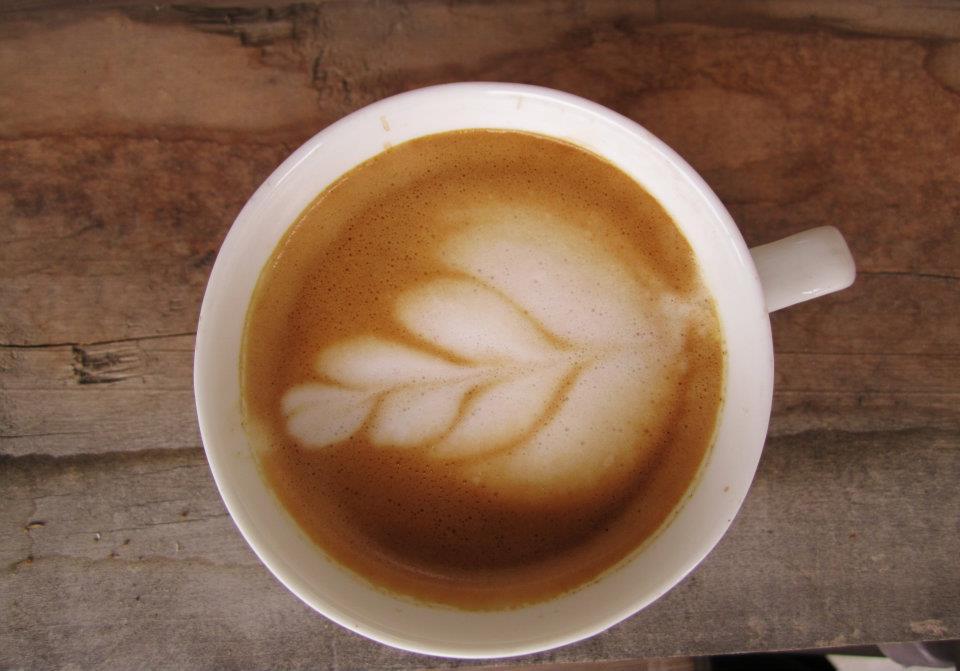 Latte maken zonder espresso machine