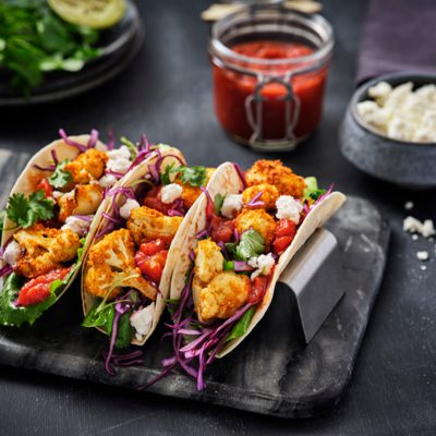 Krokante vegetarische bloemkool taco's